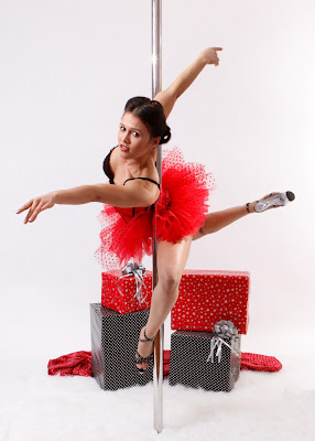 Pole Files Interview 17: Kimmi Kay Pole Dancer