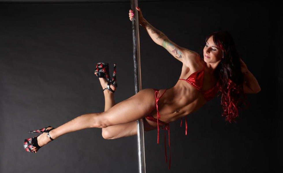 Gracie Buntine - Pole Dancer