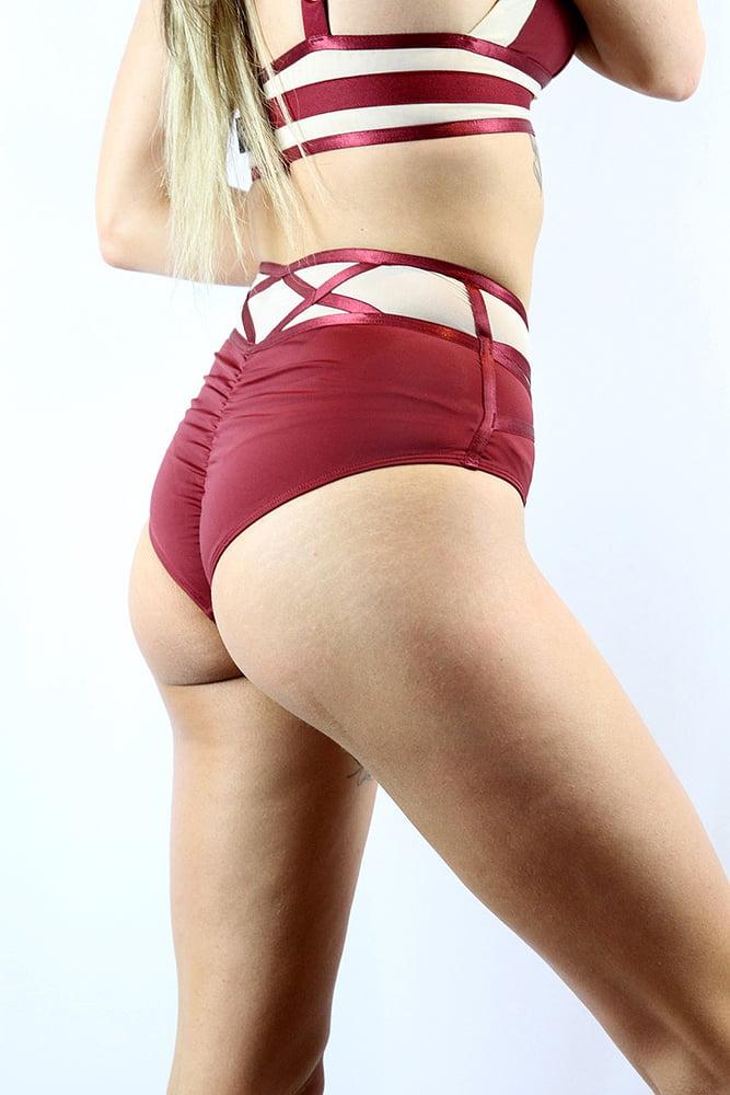 Rarr designs Flirtatious V Mid Waist Short - Scarlett