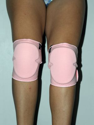 Velcro Neoprene Gel Dot Grip Knee Pads Black Baby Pink