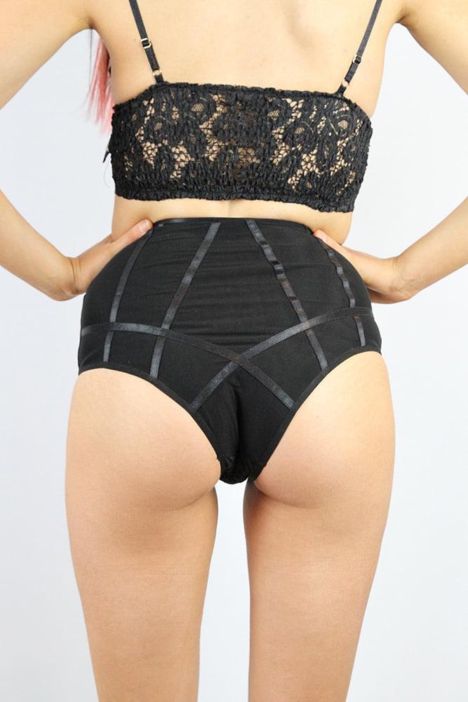 Rarr designs Tiffany Super High Waist Short - Black